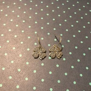 Alex and Ani 'Four Leaf Clover' Earrings